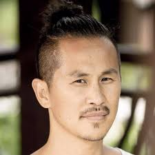yOUNG hO kIM