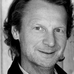 Portrait-Dr.-Jürgen-Schwickal-Melot-blackwhite